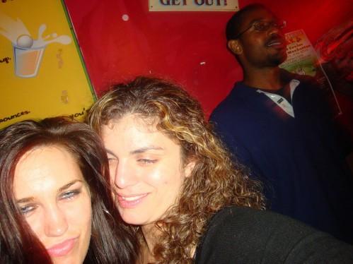 drunkgirls3.jpg (971 KB)