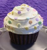 Giant Cupcake Cake-001