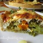 Есенен тарт с тиква, броколи и лук
