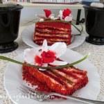 Торта червено кадифе (Red Velvet Cake) с орхидеи