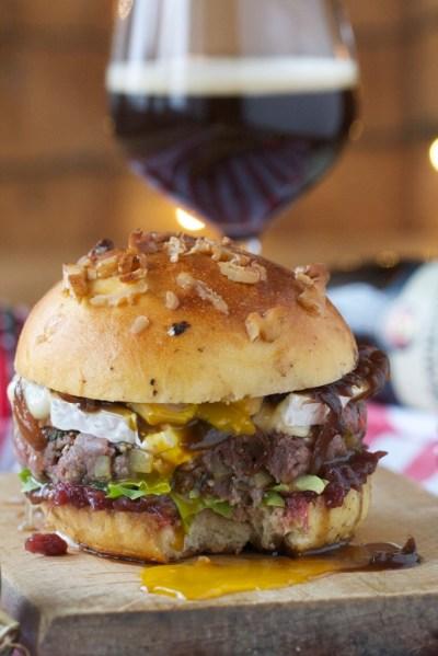 Burger à la française - bavaroise - lecker woirs