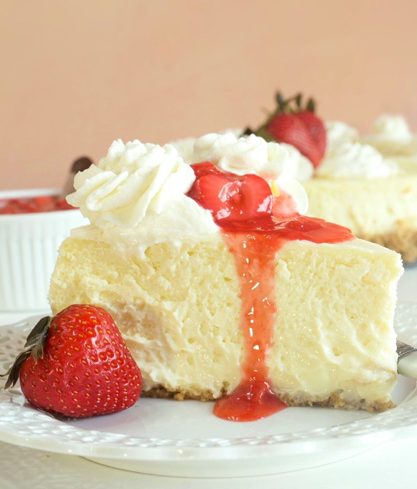 Creamy New York Cheesecake with Strawberry Compote