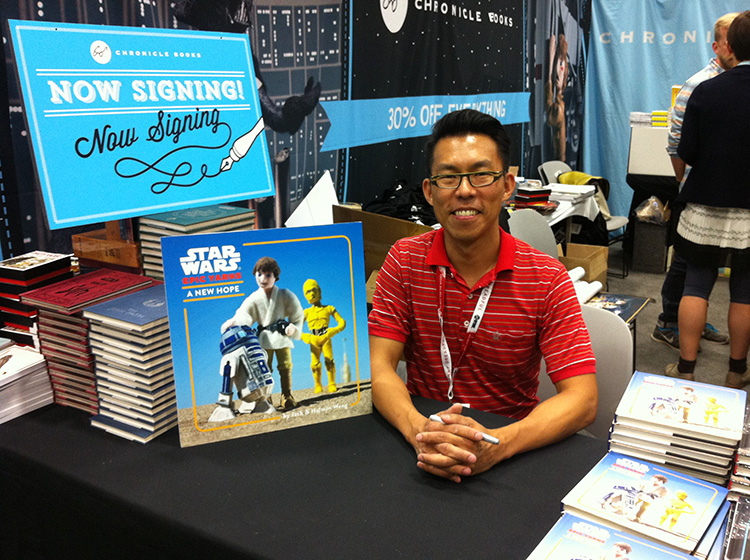 22 - San Diego Comic Con 2015 - Star Wars Epic Yarns - Chronicle Booth Book Signing