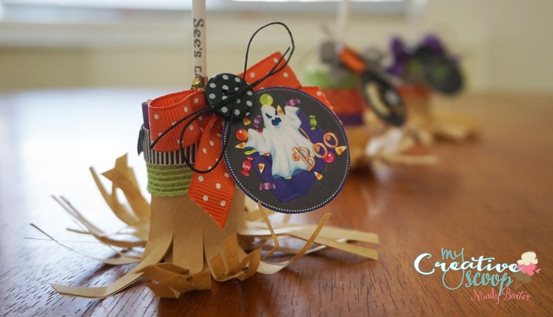 DIY Witch Broom LolliPops (16)