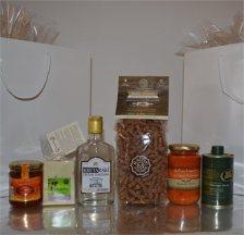 Κρητικό παραδοσιακό δώρο με 6 εκλεκτά προϊόντα