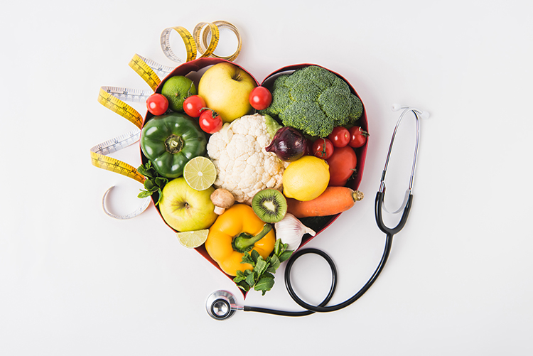 Losing weight for women over 40 is all about re-learning a tasty and healthy way of eating. Master these 5 habits and you will lose weight while improving your health!