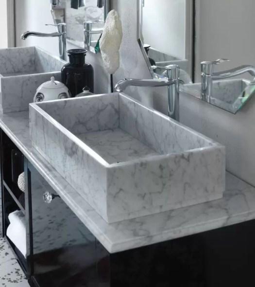 Lavabo Edge in marmo Bianco Carrara, senza troppopieno. L 65 x P 36 x A 15 cm