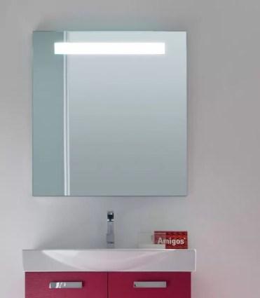 Specchiera Line con luci led, con interruttore, senza presa. L 70 x P 5 x A 75 cm