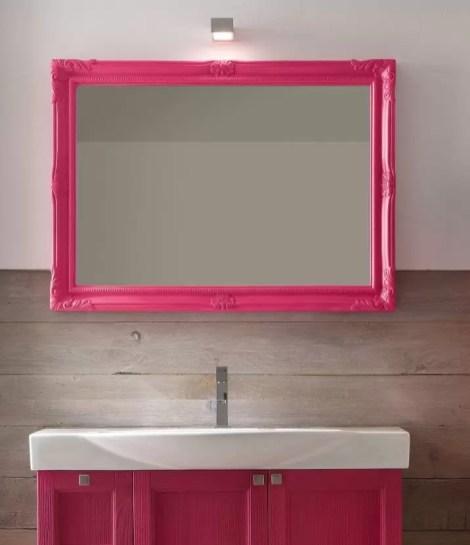 Specchiera Luigi XVI in finitura 900 colore opaco, senza presa ed interruttore. L 70 x P 6 x 70 cm