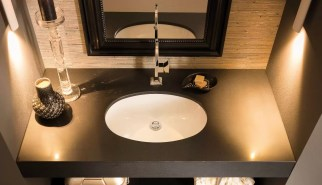 Lavabo incasso sottopiano Ovale in ceramica, esterno grezzo, con troppopieno. L 57.5 x P 41 x A 21 cm