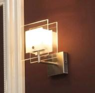 Faretto a parete Toast con lampada alogena. L 16 x P 10.5 x A 26 cm