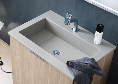 Lavabo Vigor in marmo, senza troppopieno, foro miscelatore centrale. L 71 x P 51 x A 14 cm