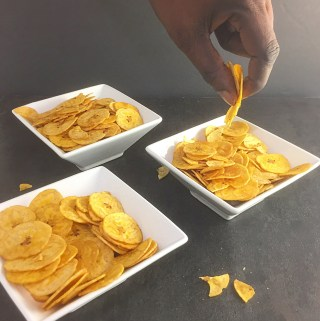 Pekere: Unripe plantain chips