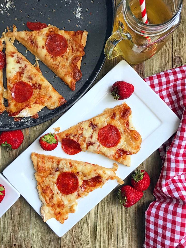 Amazing 2 ingredients dough PIZZA