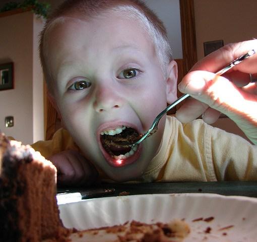 Τέσσερις δημοφιλείς διατροφικοί μύθοι για παιδιά