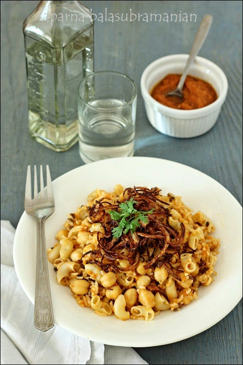 Vicky Goes Veg : A Review, A Giveaway & Some Koshari – Egyptian Rice-Pasta-Lentil Pilaf (GF, V)