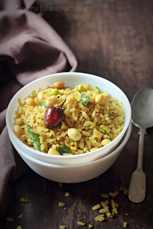 Puli Aval – Tangy & Spiced Beaten Rice Flakes