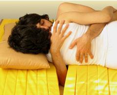 Sevgililer için özel yatak