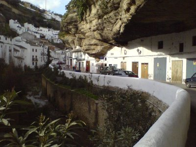 cave_houses_2