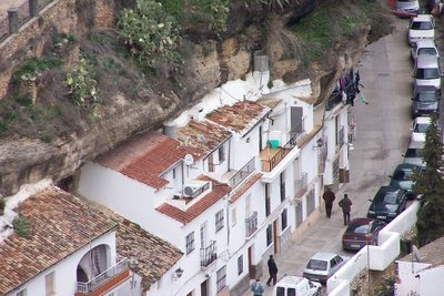 cave_houses_4