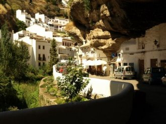 cave_houses_7