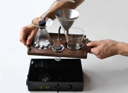 barisieur-alarm-clock-and-coffee-brewer 08