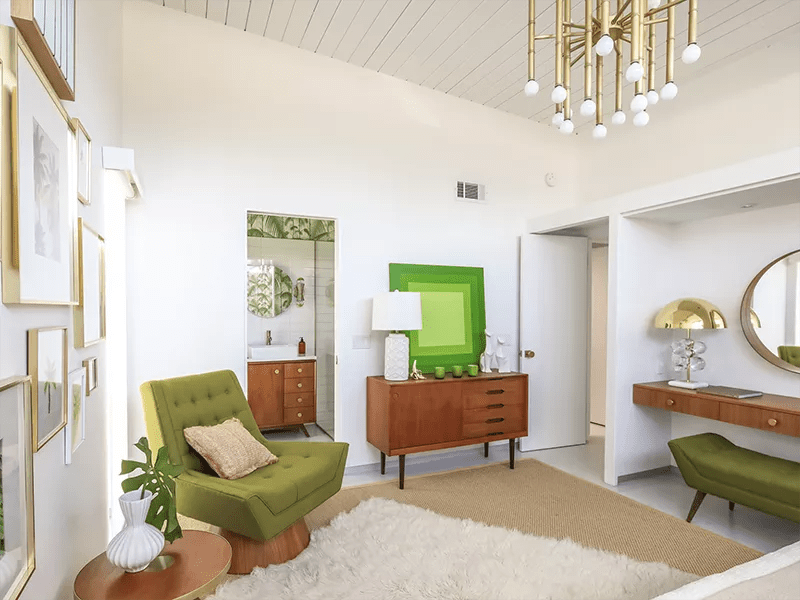 Bright sitting room with green accents.