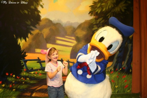 On this day in 2007, Sophie was so excited to see Donald Duck that she started dancing -- and he joined in!