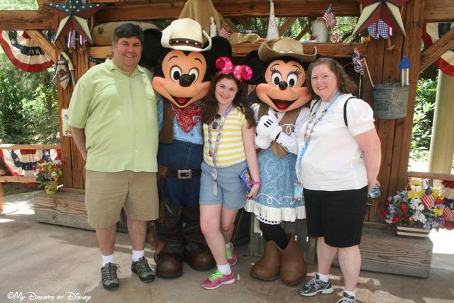 Mickey & Minnie at Big Thunder Ranch!