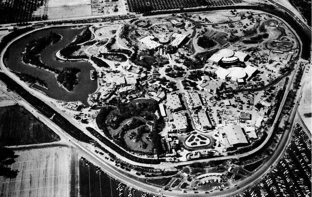 This aerial shot from 1955 shows Disneyland when it just opened.