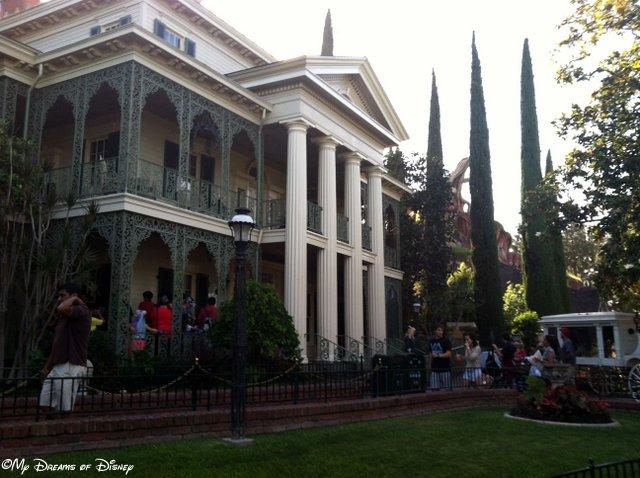 Disneyland vs WDW