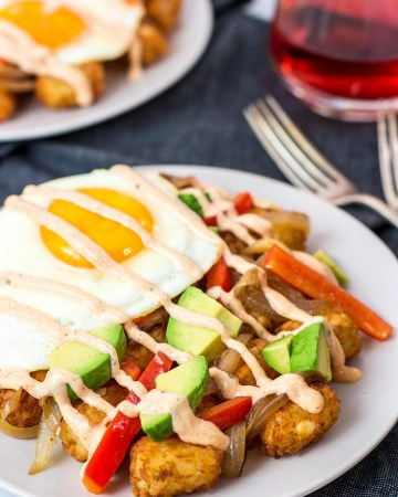 close up shot of tater tot breakfast hash