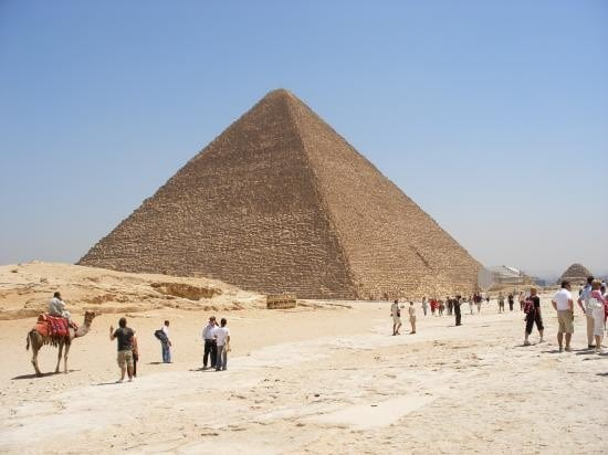 Private sightseeing excursion to Cairo from El Sokhna. You will see Giza Pyramids, the Egyptian Museum, Saladin Citadel and Saqqara