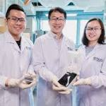 Engineers invent smartphone device that detects harmful algae in 15 minutes