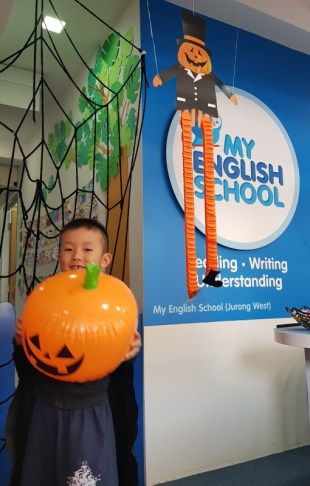 2018-Halloween-My-English-School-Jurong-West-034