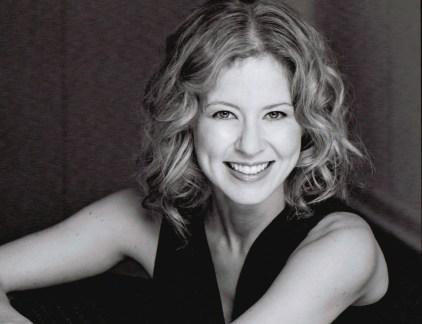 Nicole Underhay