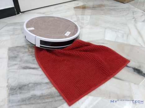 iLife V7s Pro Cleaning - 01