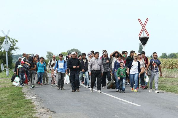 Migrants_in_Hungary_2015_Aug_007