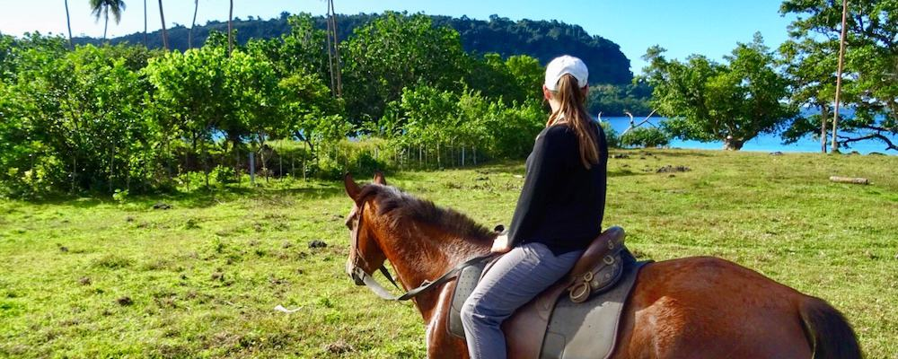 Horse riding Espiritu Santo Vanuatu