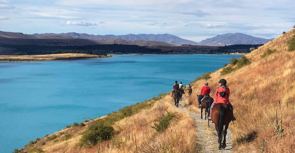 Lake Tekapo horse riding - New Zealand South Island
