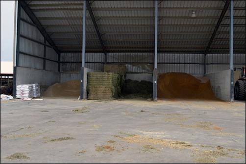 feed storage bins01