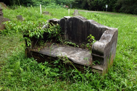 old-stone-bench-1183074_960_720 pixabay CC0 Public Domain