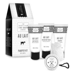 """Луксозен подаръчен комплект """"Au Lait"""" - 4 продукта + гъба за тяло"""