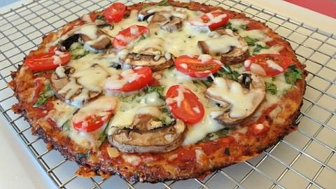 Best Cauliflower Pizza Crust Recipe That Won't Fall Apart