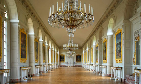 MyFrenchLife™ - French writer - The Grand Trianon Castle Interior