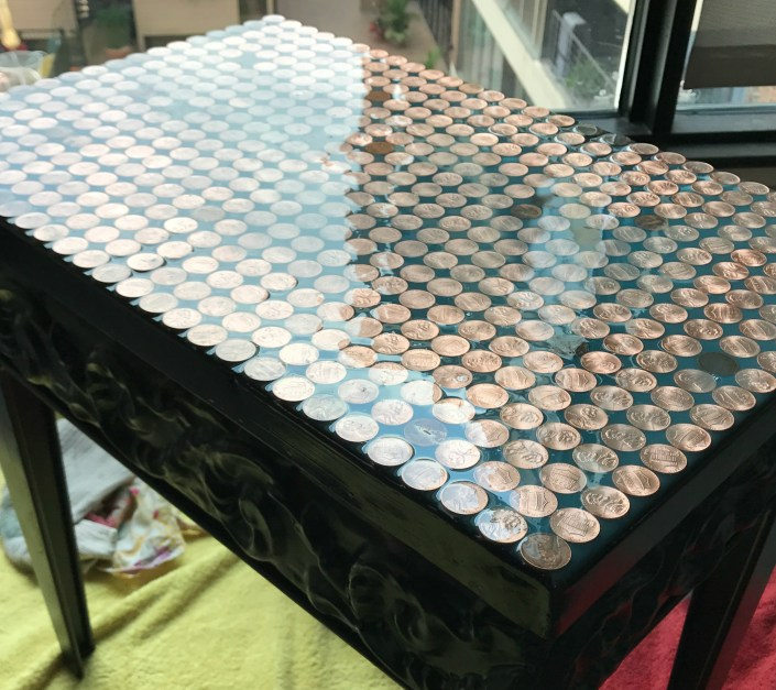 penny topped table - myfrenchtwist.com