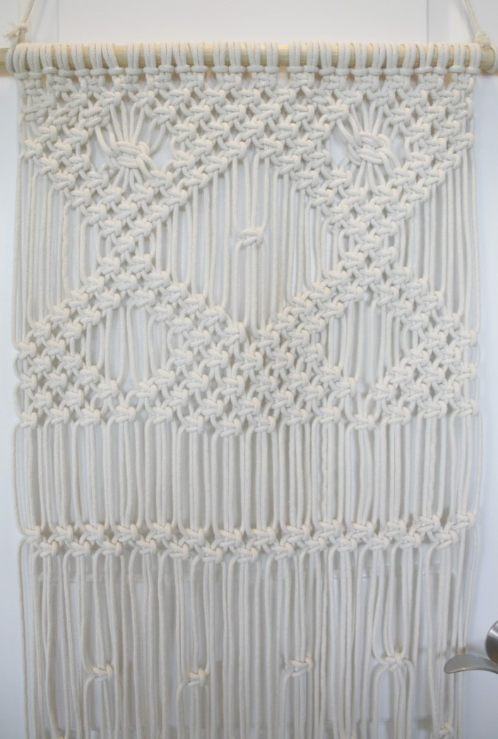 macrame wall hanging for beginners - myfrenchtwist.com