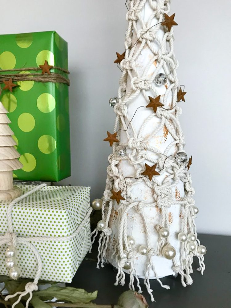 macrame tabletop christmas tree - myfrenchtwist.com