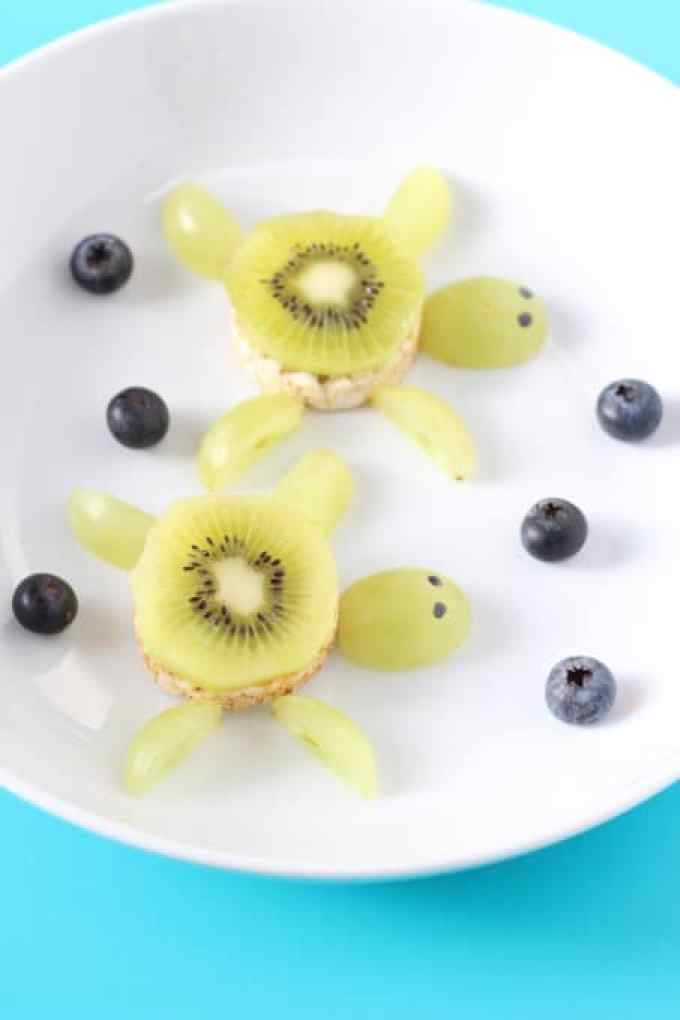 Create a really fun under the sea themed snack for weaning babies and toddlers with swimming Kiwi Rice Cake Turtles!   My Fussy Eater blog