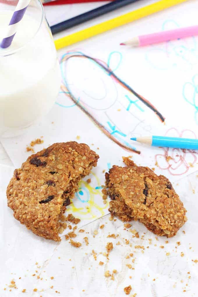 Delicious Oat & Raisin Cookies made healthier with reduced sugar and whole wheat flour. The perfect snack for kids after school.